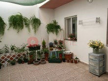 House-sale-5-rooms-City Centre-Quarteira-buymeproperty%8/17