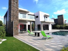 Moradia-luxo-piscina-venda-Quarteira-Algarve-BUYMEproperty%13/16
