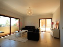 Flat-sale-2-rooms-swimming pool-condominio-Vilamoura-BUYMEproperty%2/12