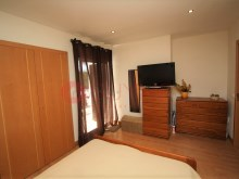Golf-Beach-pool-investment opportunity-bedroom%10/17