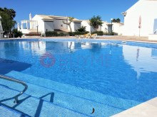 House-sale-pool-Condominio-Closed-Vilamoura-buyme-Property%9/10