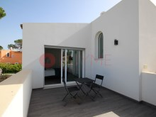 Villa-Luxury-Pool-Vilamoura-Algarve-buyme-Property%22/23