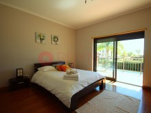 House-sale-pool-condominio-vilamoura-buyme-property%7/14