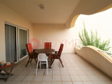 Cliffs-Golf-pool-pool-Vilamoura-buyme-Property%4/14