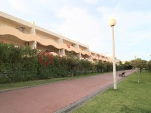 Cliffs-Golf-pool-pool-Vilamoura-buyme-Property%14/14