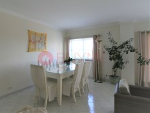 Apartment-condominium-pool-Marina-Vilamoura-buyme-Property%3/15
