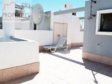 Roof Terrace%23/24