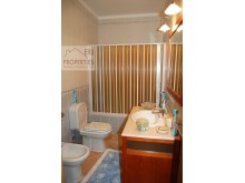 Bathroom Suite 2 %21/37