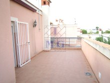 Villa with swimming pool%25/45