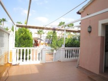 Villa with swimming pool%34/45