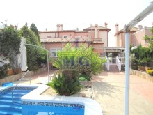 Villa with swimming pool%5/45