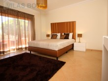 Modern townhouse-T5-with-pool-Algarve-room 2%15/20