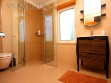 Townhouse-T5-with-pool-Algarve-bathroom moderne%20/20