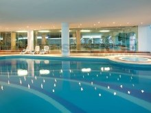 Indoor swimming pool%19/21