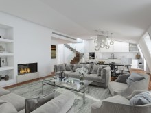 2 BEDROOM DUPLEX APARTMENT WITH POOL ON THE ROOFTOP IN CHIADO, LISBON%1/7