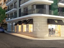 LUXURY STORE IN CAMPO DE OURIQUE, NEAR THE FRENCH SCHOOL, LISBON, FOR SALE%1/1
