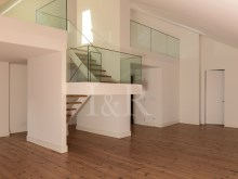 5 BEDROOM DUPLEX APARTMENT, LISBON, CAMPO DE SANTANA, WITH PARKING%3/10