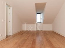 5 BEDROOM DUPLEX APARTMENT, LISBON, CAMPO DE SANTANA, WITH PARKING%5/10