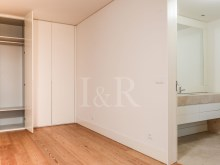 5 BEDROOM DUPLEX APARTMENT, LISBON, CAMPO DE SANTANA, WITH PARKING%9/10