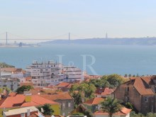 4 BEDROOM PENTHOUSE IN OEIRAS, LISBON WITH SEA VIEW FOR SALE%3/10