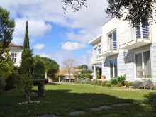BEAUTIFUL 7 BEDROOM VILLA WITH SEA VIEW IN CARCAVELOS%3/9