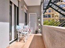LUXURY 3 BEDROOM APARTMENT WITH PARKING IN AVENIDAS NOVAS, LISBON%8/11