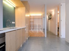 MODULAR 4 BEDROOM APARTMENT IN ANJOS, LISBON%1/8