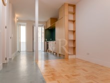 MODULAR 4 BEDROOM APARTMENT IN ANJOS, LISBON%2/8