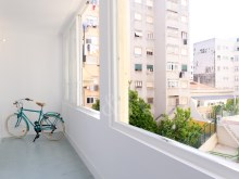 MODULAR 4 BEDROOM APARTMENT IN ANJOS, LISBON%10/10