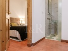1 BEDROOM APARTMENT TOTALLY REFURBISHED IN GRAÇA, LISBON%5/10