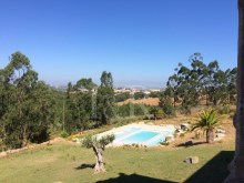 5 BEDROOM COUNTRY HOUSE WITH VINEYARD AND WOODS AT 50 MIN FROM LISBON%3/10