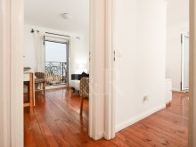 1 BEDROOM APARTMENT, WELL LOCATED, WITH TAGUS RIVER VIEW, IN BICA, LISBON%3/10