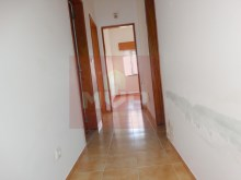 Floor of House 3 bedrooms near Olhao-Hall%9/11
