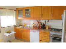 2 bedroom apartment with sea view in Olhao-kitchen%1/10