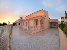 House 4 bedrooms with garage in Quelfes-exterior%3/18