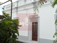 Typical Algarve Villa in Quelfes-exterior%1/13