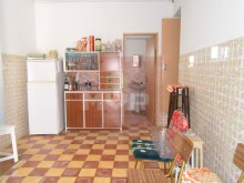 Typical Algarve Villa in Quelfes-kitchen%8/13