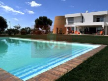 Detached house with swimming pool in Quelfes-pool%3/12