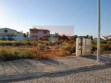 Plot of land for apartment in Quelfes%3/6
