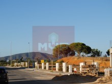 Plot of land for apartment in Quelfes%2/6