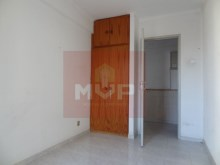 Apartment T4 with 100% Financing in Olhao-room 1%3/8