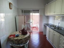 3 bedroom apartment in São Brás de Alportel-kitchen%2/14