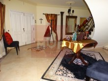 Detached house with swimming pool near Faro-hall entrance%11/28