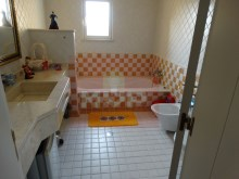 Detached house with swimming pool near Faro-Wc suite 2%24/28