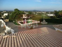 Detached house with swimming pool near Faro-view from the garden%26/28