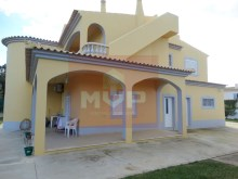 House 4 bedrooms detached villa with garage, land and sea, in Moncarapacho-exterior%3/33