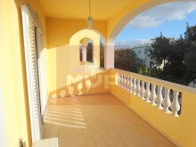 House 4 bedrooms detached villa with garage, land and sea, in Moncarapacho-terrace%21/32