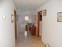 House 4 bedrooms detached villa with garage, land and sea, in Moncarapacho-Hall%23/32