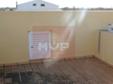 House 4 bedrooms detached villa with garage, land and sea, in Moncarapacho-terrace%31/33