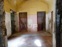 Villa to recover in the Centre of Olhao-room 2%5/28